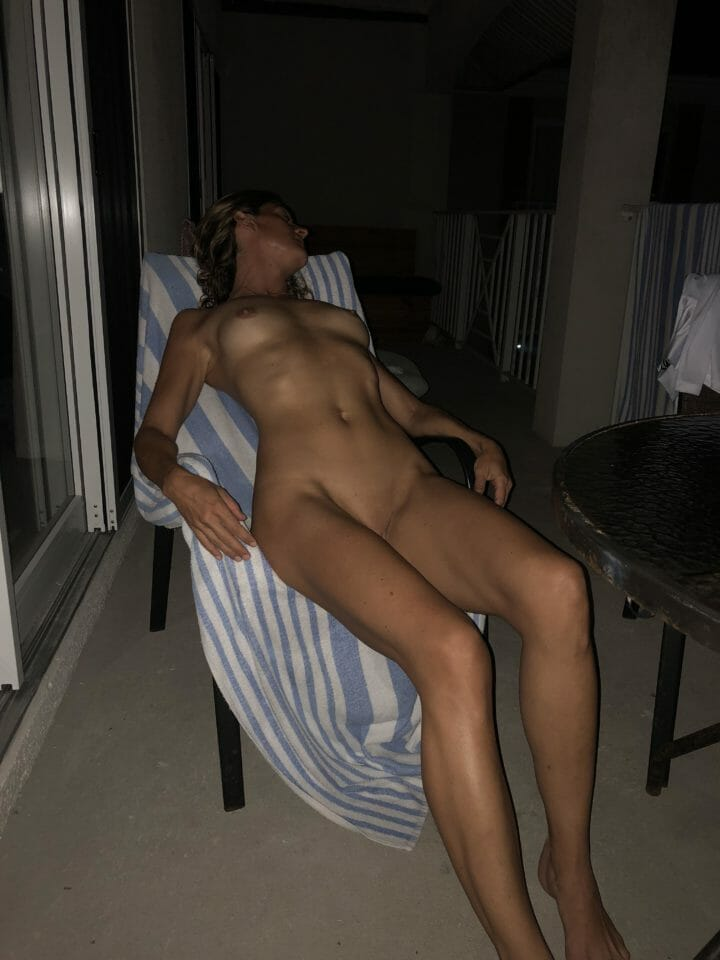 Another hotel balcony, this time in Grand Cayman. (F) 44