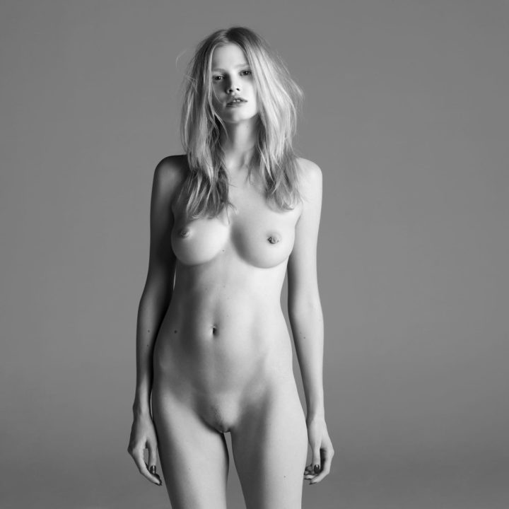 Lara Stone by Inez Van Lemsweerde & Ninoodh Matadin for Purple Magazine