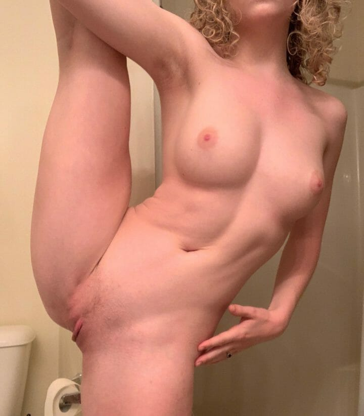Who's in the mood for naked stretching? Cause I am [f]